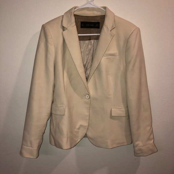 bb8d7f50 Zara Basic Women's Cream Blazer W/ Elbow Patches. M_5c74715645c8b332e4f435f4